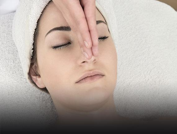 Corso riflessologia viso e massaggio punti riflessi